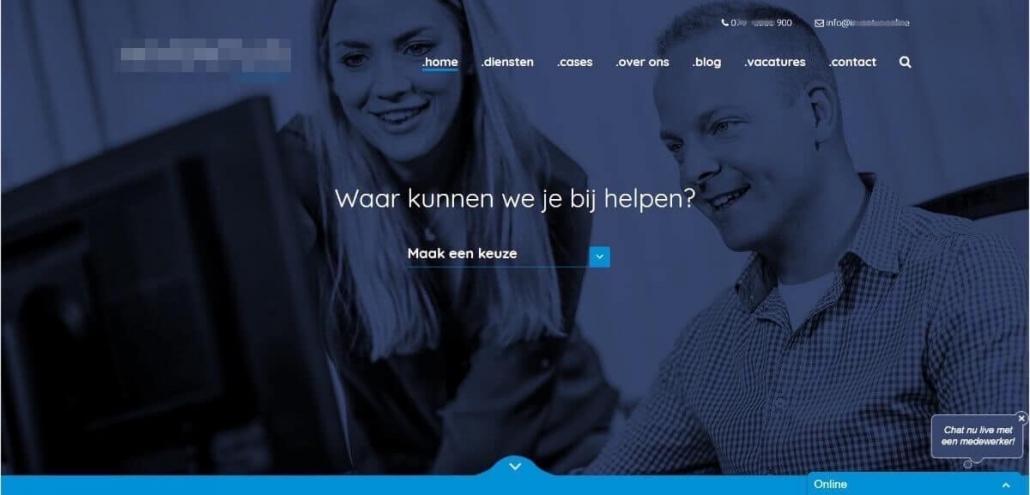 Enorme headerfoto op homepagina biedt geen duidelijkheid - design lijkt voorop te staan
