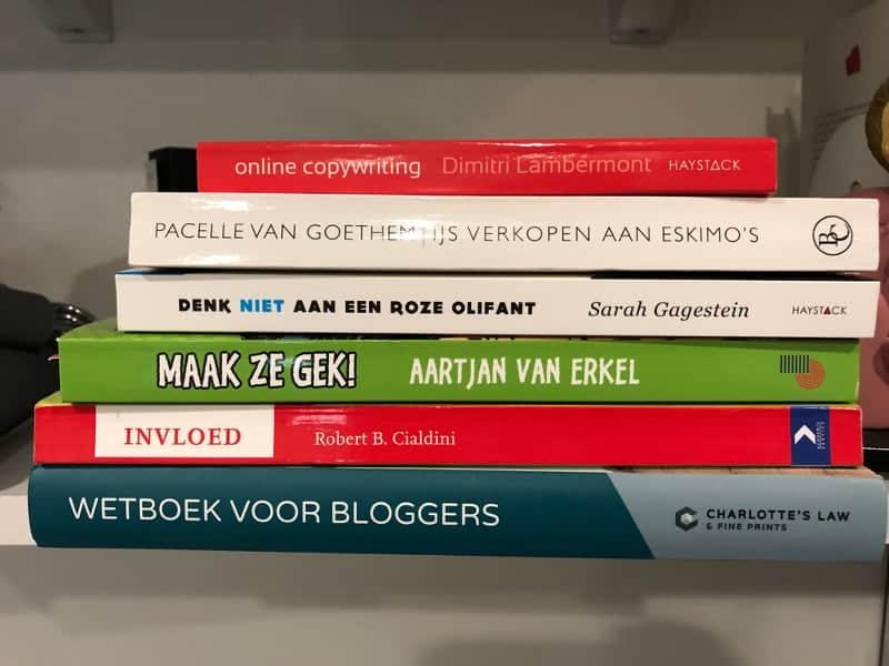 Dit zijn de boeken van de boekenlijst, allemaal aanraders wat mij betreft
